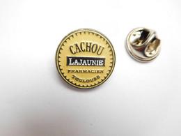 Beau Pin's , Pastilles Cachou Lajaunie , Pharmacien Toulouse - Levensmiddelen