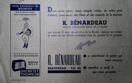 G 9  Document /facture/pub Postes De Radio à Beaupréau - Otros
