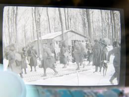Lot 25 Négatifs Souples Photos Originales Hiver 1939 1940 Scènes Au Campement Militaire Troupes Françaises - War, Military