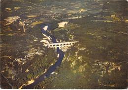 30 - Remoulins - Vue Aérienne - Pont Du Gard Avec Le Gardon - Sonstige Gemeinden
