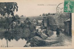 Morée (41 Loir Et Cher) L'abreuvoir - Un Poilu Et Sa Famille Au Bords De L'eau - édit. Lamond Circulée 1919 - Moree