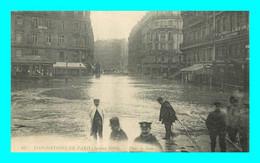 A924 / 461  INONDATIONS De PARIS Janvier 1910 Place De Rome - Alluvioni Del 1910