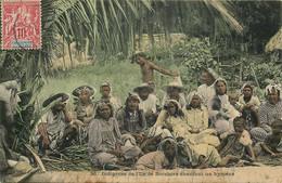 TAHITI  ILE De BORABORA  Indigenes Chantant Un Hymené - Tahiti