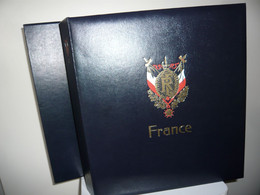 ALBUM DAVO  + FEUILLES DAVO  FRANCE 1970/83  + ETUI (vol. III ) - Binders With Pages