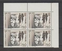REPUBBLICA:  1989  C. CHAPLIN  -  £. 750  NERO  E  BRUNO  BL. 4  N. -  SASS. 1879 - Hojas Bloque