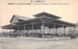 COMMERCE Foires & Marchés - 76 - FORGES Les EAUX : Le Marché Aux Veaux - CPA Village ( 3.810 H ) Seine Maritime - Mercati