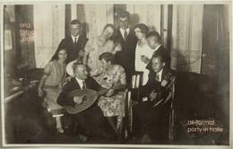 Altes Foto Vintage AK Melancholische Party Mit Frauen & Musikern Band Halle A. S. 1930er - Persone Anonimi