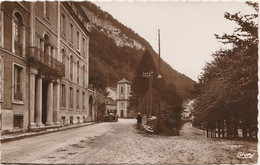W18-64) EAUX CHAUDES (BASSES PYRENEES) ENTREE DE LA VILLE   - ( OBLITERATION DE 1952 - 2 SCANS ) - Sonstige Gemeinden