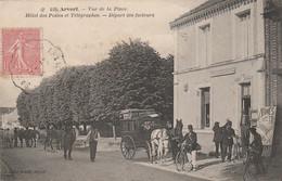 I17-17) ARVERT -  VUE DE LA PLACE - HOTEL DES  POSTES ET TELEGRAPHES - DEPART DES FACTEUR - (TRES ANIMEE) - Other Municipalities