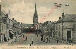 51.  MOURMELON LE GRAND .  La Place D'Armes Et L'Eglise . - Mourmelon Le Grand