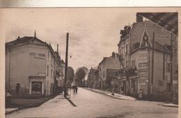 PUY GUILLAUME Carrefour Et Rue Edouard Vaillant - Sin Clasificación