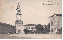VIGEVANO ( Italie ) - Intérieur Du Castel De Sforzesco - Vigevano