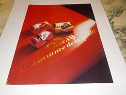 ANCIENNE  PUBLICITE ASSURANCE DE QUALITE CHOCOLAT MON CHERI  1985 - Posters