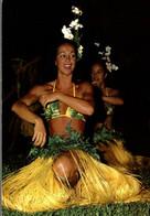 TAHITI DANSEUSE DU GROUPE DORA TAHITI DE GILLES HOLLANDE - Tahiti