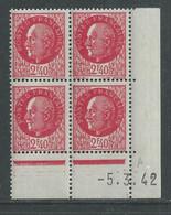 France N° 519 XX : Type Maréchal Pétain : 2 F. 40 Rouge  En Bloc De 4 Coin Daté Du 5 . 3. 42 ; Sans Charnière, TB - 1940-1949