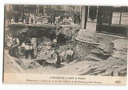 Les OUVRIERS Dans Le Trou à L'angle De La Rue De La BOETIE Et Du Faubourg Saint Honoré  ELD E LE DELEY Paris - De Overstroming Van 1910