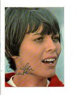 AUTOGRAPHE SUR CARTE DE MIREILLE MATHIEU - Autogramme & Autographen