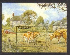 10295- Guernsey S/sheet Michel BL 9 Used . Fauna, Animals, Cow - Guernesey