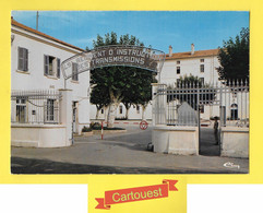 CPSM MONTELIMAR *** 26 *** Entrée Du Quartier Du 45é Régiment D'instruction Des Transmissions - Caserme