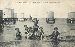 CPA 62 Pas De Calais - Boulogne Sur Mer Groupe De Baigneuses - Boulogne Sur Mer
