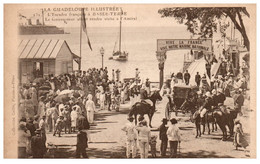 LA GUADELOUPE ILLUSTREE - L'Escadre Française à BASSE-TERRE - Le Gouverneur Allant Rendre Visite à L'Amiral - Basse Terre