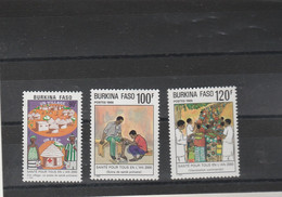 Burkina Faso 1986 Yvert Série 697 à 699  ** Neuf Sans Charnière - Santé - Burkina Faso (1984-...)
