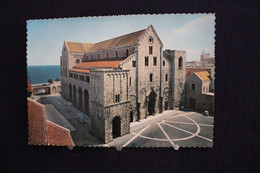 D 25 - Bari - Basilica S. Nicolas - Basilique De St Nicolas - Pas Circulé - Bari