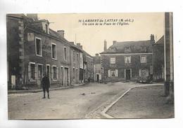 49 - St-LAMBERT Du LATTAY ( M.-et-L. ) Un Coin De La Place De L' Eglise - Andere Gemeenten