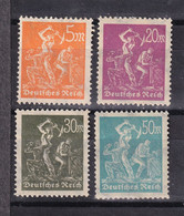 German Reich, Weimar Repubblic.1923- Definitive.  Lot Of Four Stamps. New Without Gum. Trace Of Hinge - Nuevos