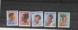 Burkina Faso 1986 Yvert  Série 722 à 726 ** Neuf Sans Charnière - Coiffures - Burkina Faso (1984-...)