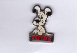 PUB TOTAL Pin's Pins IDEFIX - Comics