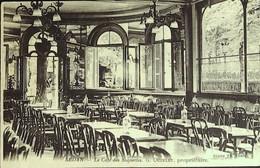 """SEDAN- Le Café Des """"SOQUETTES"""" - L'Intérieur (Propriétaire Mr. Ouzelet) - Sedan"""
