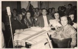 Fotocartolina COURMAYEUR HOTEL MONT BLANC - Persone Avvenimento 1956 - Formato Piccolo  (rif. O01) - Zonder Classificatie