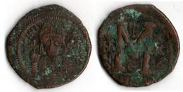 JUSTINIEN I (527 565) Follis BUSTE DE FACE - Byzantines