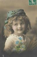 CPA 1910 D'origine  édt P.F.B 60  Jolie Et élégante Fillette Avec Un Béret Pretty Little Girl - Retratos