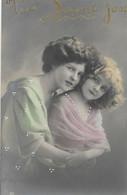 CPA 1910  D'origine édt RPH Jolie Jeune - Femme Et Fillette Trés élégantes  Fillette  Pretty Little Girl - Retratos