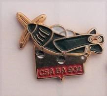 G272 Pin's Avion Armée  CSA BA 902 Contrexéville Vosges Achat Immédiat - Vliegtuigen
