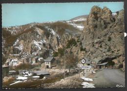 D 06  CPSM PEONE  1321 L Entree Du Village De La Route De Valberg Non Ecrite N099 - Sonstige Gemeinden