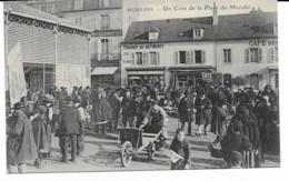 Moulins - Un Coin De La Place Du Marché - Moulins