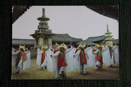 Dancers On Buddha's Birthday At PULKUK- SA, Temple In KYONGJU - Corea Del Sud