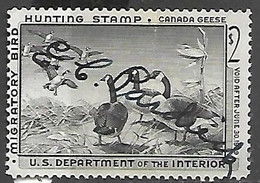 US 1958   RW25  $2 Canada Geese  Hunting Stamp Used   2016 Scott Value $12 - Patos