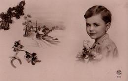 VRAIE PHOTO Rose Glacée : Petit Garçon Paysage De Neige - Retratos