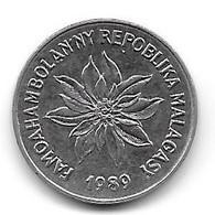 Lot De 4 Monnaies : Madagascar / Grèce / Allemagne / Belgique (1028) - Lots & Kiloware - Coins