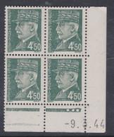 France N° 521B XX :Type Maréchal Pétain: 4 F. 50 Vert En Bloc De 4 Coin Daté Du 9 . 3 . 44 ; 3  Pts Blancs Ss Char., TB - 1940-1949