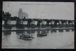 CPA Vendée - Les Sables D'Olonne (85100) Une Barque De Pêche Coulée Dans Le Port – G.M.D. La Roche Sur Yon N° 74 – Animé - Sables D'Olonne