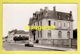 10 AUBE / BAR-SUR-SEINE / LA CAISSE D'EPARGNE ET LE CENTRE D'APPRENTISSAGE - Bar-sur-Seine