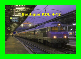 ACACF 438 - Train - Loco CC 72189 En Gare - PARIS EST - SNCF - Metro, Estaciones