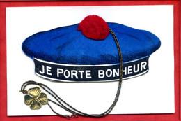 * Carte à Identifier : Carte Fantaisie Bonnet De Marin - JE PORTE BONHEUR ( Ponpon Trèfle Et Ficelle En Objets Reliefs ) - A Identificar