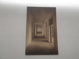 ANTWERPEN / ANVERS: Clinique Du Centenaire - 68, Rue De L'Harmonie - Eén Der Gangen - Antwerpen