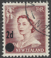 New Zealand. 1958 QEII Surcharge. 2d On 1½d Used.SG 763a - Used Stamps